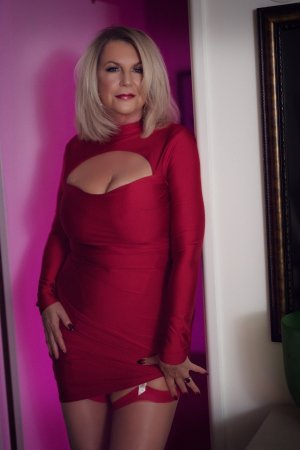 Lillia erotic massage in Pittsfield